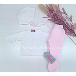 Conjunto primera puesta rosa y blanco de Nini