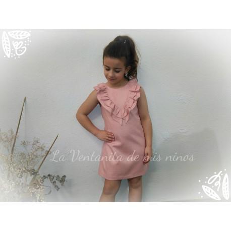 Vestido rosa palo con volantes de Eve Children